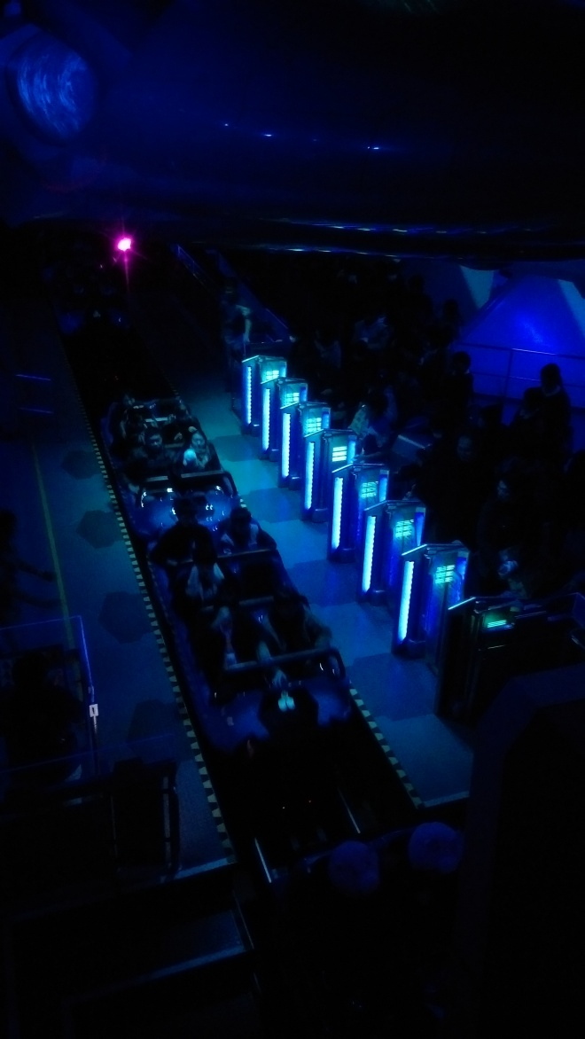 Tomorrowland Space Mountain (9)