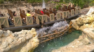 Big Grizzly Mountain Runaway Mine Cars (2)