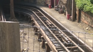 Big Grizzly Mountain Runaway Mine Cars (7)