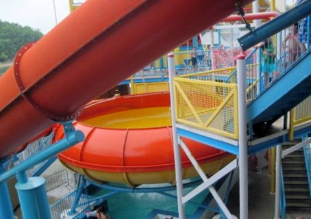 lake-lanier-islands-beach-waterpark-twister