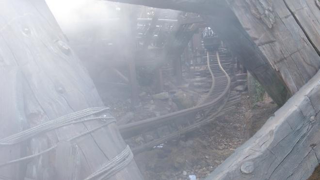 Raging Spirits Tokyo DisneySea (6).jpg