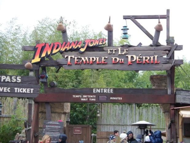The first Backward roller coaster at Disney: Part 2 of our look at Disney's first Looping rollercoaster