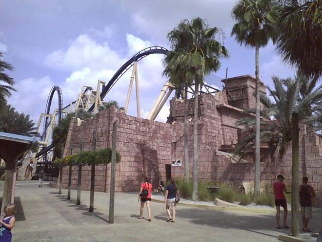 Montu Busch Gardens Tampa Waiting Line