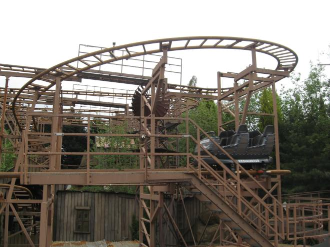 Rattlesnake Chessington World of Adventure (1)