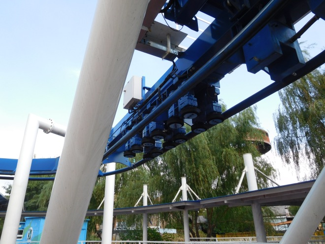Family Inverted Coaster Happy Valley Shanghai (17)