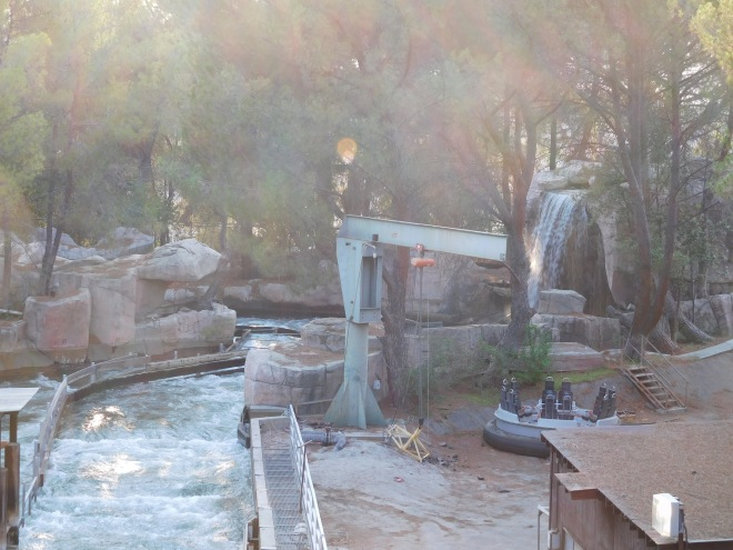 intamin-12-six-flags-magic-mountain-roaring-rapids-10