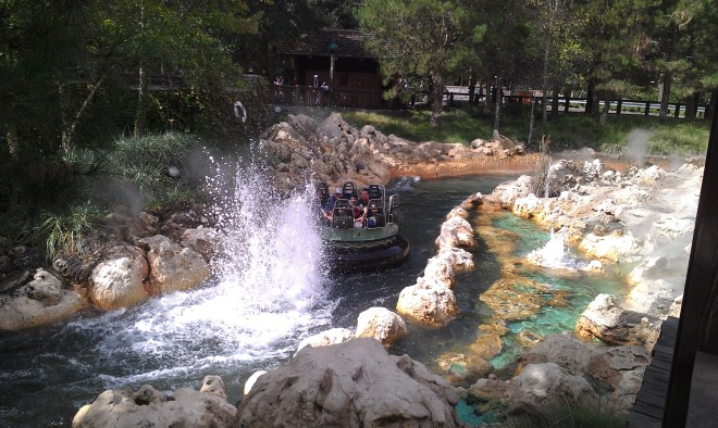 intamin-8-dca-grizzly-river-run-8
