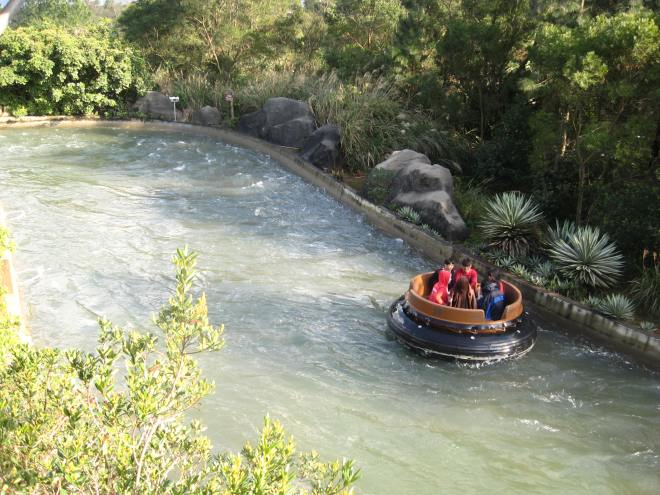 intamin-9-big-canyon-rapids-ride-leofoo-3