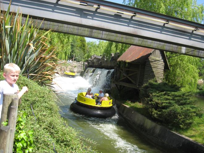 intamin-9-congo-river-rapids-alton-towers
