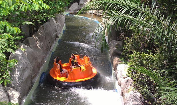 British Rapid Rivers: Part 9 of our look at River Rapids attractions.