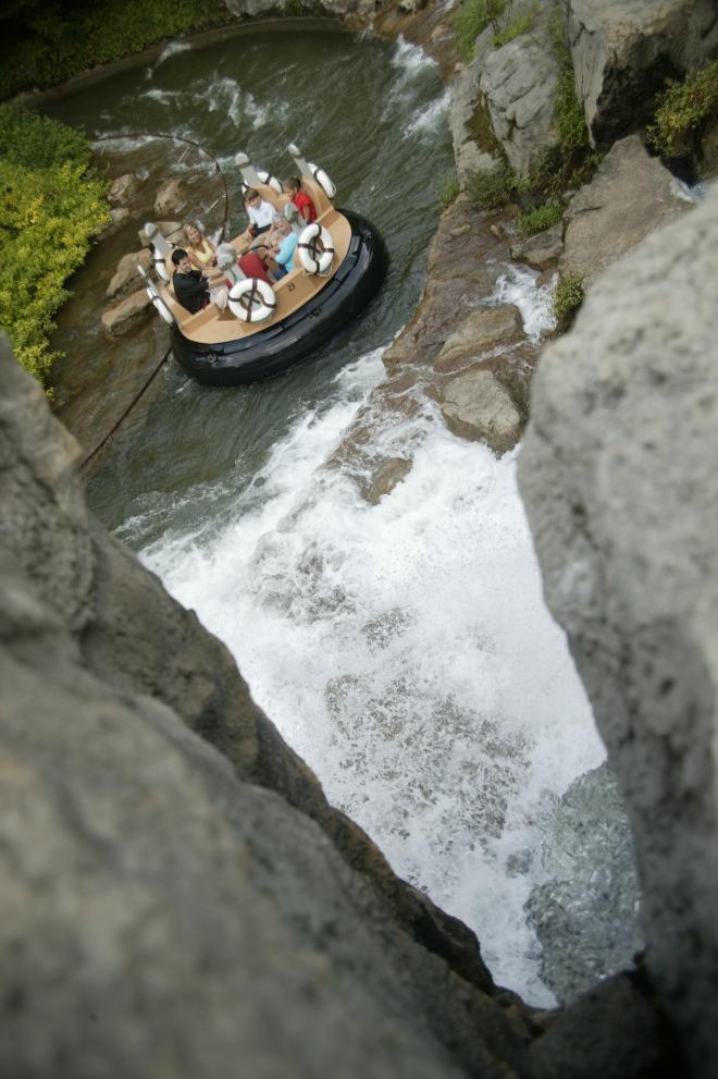 DW- Smoky Mountain River Rampage