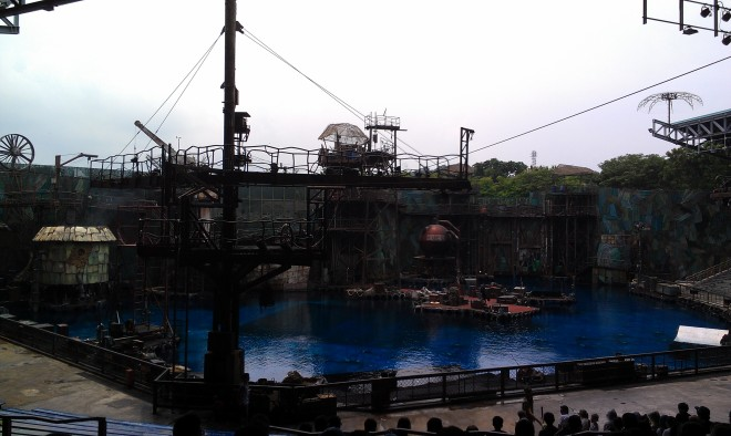 Water World Universal Studios Singapore (2)
