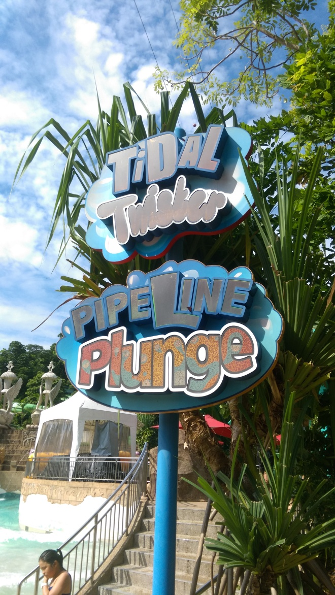 Tidal Twister Pipeline Plunge sign