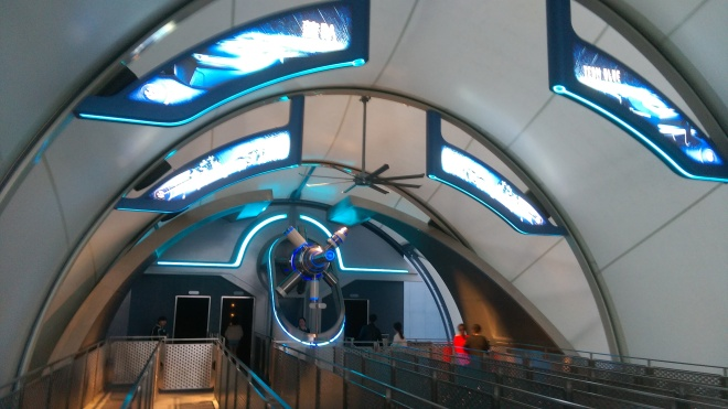 Tron Lightcycles Power Run Shanghai Disneyland (1)