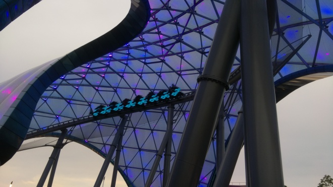 Tron Lightcycles Power Run Shanghai Disneyland (10)