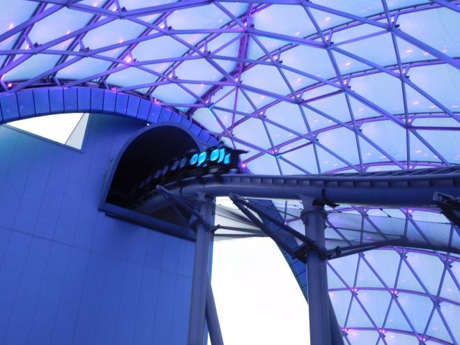 Tron Lightcycles Power Run Shanghai Disneyland (23)