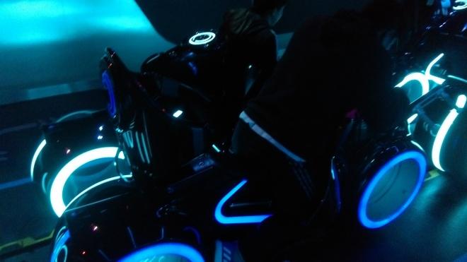 Tron Lightcycles Power Run Shanghai Disneyland (5)