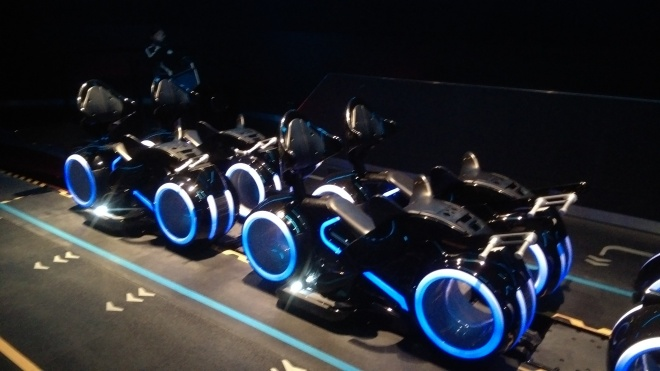Tron Lightcycles Power Run Shanghai Disneyland (8)