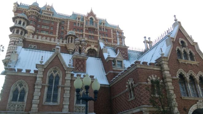 Hotel Hightower under snow.jpg