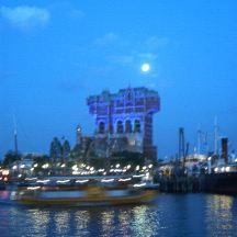 Hotel Hightower under the moon