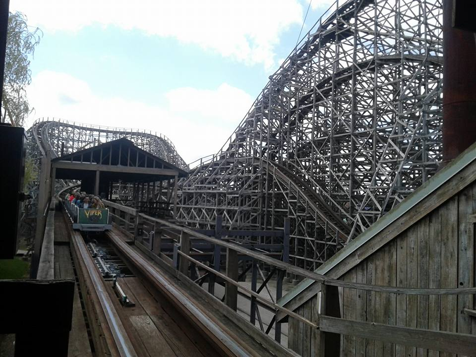 Viper Six Flags Great America – ParkVault