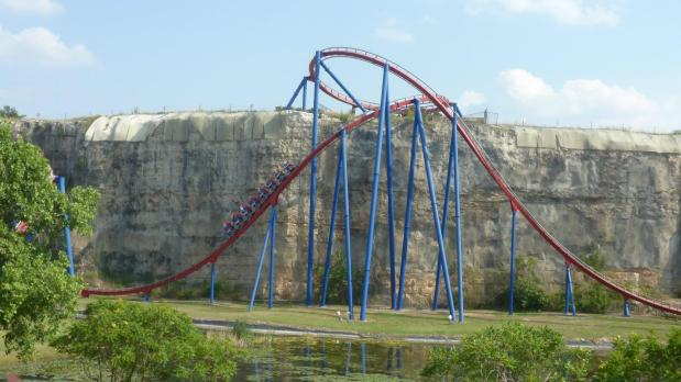 Everything is bigger in Texas: Part 4 of our Floorless CoasterSeries