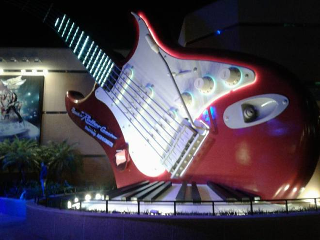 Rock n Roller Coaster StratoCoaster at night