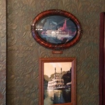 Walt's Phantom Manor room (4)